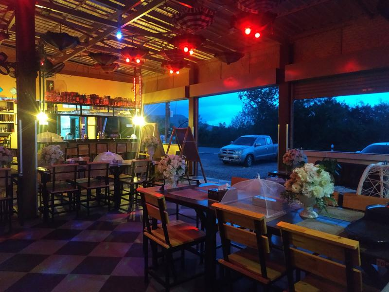 Restaurant-thouch-the-wind-chaiyaphum-i03.jpg