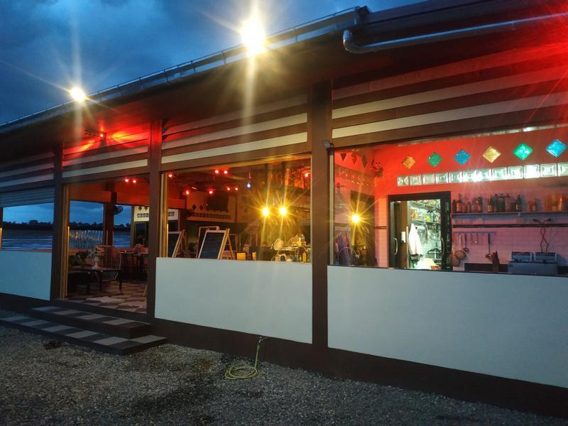 Restaurant-thouch-the-wind-chaiyaphum-i10.jpg
